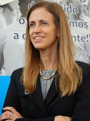 secretaria-claudia-costin.jpg